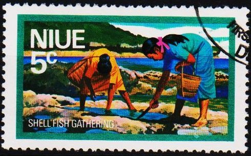 Niue. 1976 5c S.G.202 Fine Used