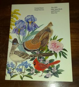 1982 # 2286-2335 State Birds & Flowers MNH in Booklet by USPS