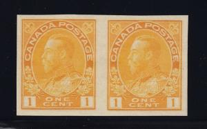 Canada Scott # 136 Pair VF-XF OG never hinged cv $ 160 ! see pic !