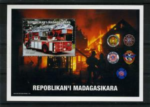 Fire Engines s/s Perforated mnh.vf