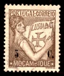 "Mozambique 1933 ""Portugal"" Holding Volume of the ""Lusiads"" 5c Sc.252 ..."