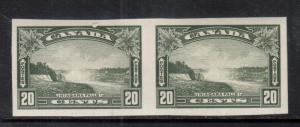 Canada #225a Extra Fine Never Hinged Imperf Pair
