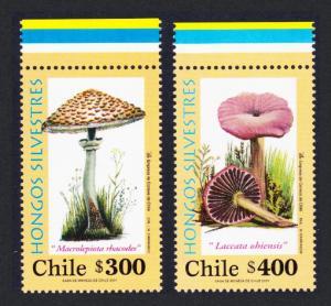 Chile Fungi 2v with Top Colour margin SG#2001-2002 MI#2024-2025 SC#1368-1369