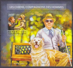 2015 Central African Republic 5594/B1340 Dogs helpers 12,00 €