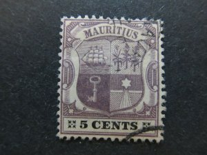 A4P42F35 Mauritius 1900-05 Wmk Crown CA 5c used