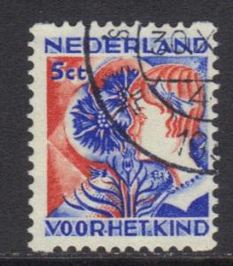 Netherlands 1932 used  child welfare syncopated 5 ct   #