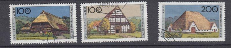J28642, 1995 germany hv.s of set used #b787-9 farm houses