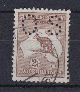 K816) Australia 1916 2/- Brown 3rd wmk punctured 'OS' variety