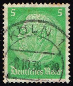 Germany #418 Paul von Hindenburg; Used (0.40)