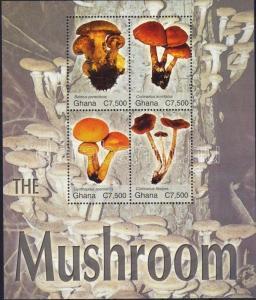 Ghana stamp Mushrooms minisheet MNH 2004 Mi 3678-3681 WS4455