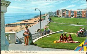 POSTCARD. ENGLAND. Bexhill-on-Sea. Sussex