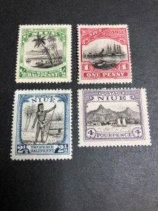 Niue Scott 41-44 Mint OG CV $17.25