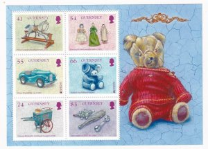 GB GUERNSEY VARIOUS ROYALTY DOLLS AND TOYS VF-MNH S/SHEET PO FRESH