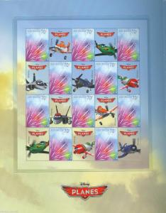 AUSTRALIA DISNEY AIRPLANES SET OF TWO SHEETS OF 10 STAMP & 10 LABELS IN FOLDER