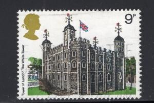 Great Britain  #831  used  1978  architecture  9p