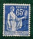 France -  #271 Peace with Olive Branch - Used