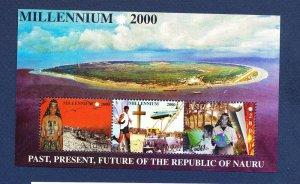 NAURU - Scott 476a - FVF MNH  S/S - History of Nauru - 2000