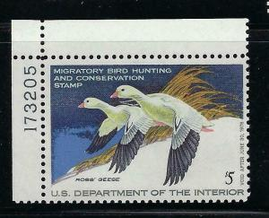 VEGAS 1977 - USA Duck Stamp - Scott# RW44 - MNH, Undisturbed OG - CX709