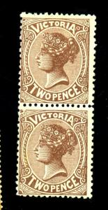 Victoria #142 MINT F-VF OG Pair HR Crease Cat $100
