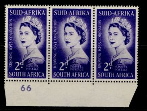 SOUTH AFRICA QEII SG143, 2d deep violet-blue, NH MINT. BLOCK X 3. CONTROL