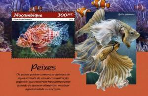 Mozambique - 2019 Fish on Stamps - Souvenir Sheet - MOZ190107b