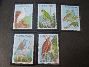 St. Thomas & Prince Islands 1993 Sc 1112-6 Bird set MNH