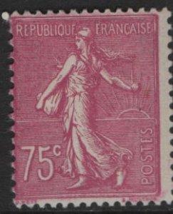 FRANCE 151 Unused Hinged