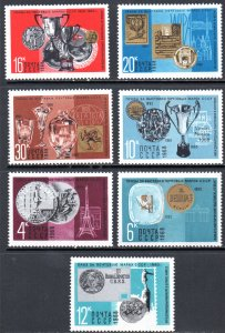 RUSSIA 3534-40 MNH SCV $3.20 BIN $1.95 COINS ON STAMPS