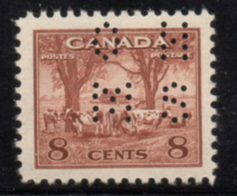 Canada USC#O-256 1942 8 c Farm Scene perforated OHMS stamp mint