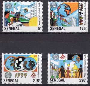 Senegal 1994 INT.YEAR OF THE FAMILY RED CROSS set 4 values Perforated Mint (NH)