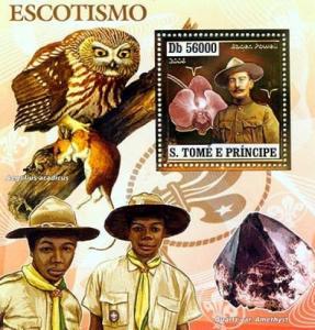 SAO TOME E PRINCIPE 2006 SHEET SCOUTS BADEN POWELL MUSHROOMS OWLS GOLD st6406b