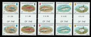 GUERNSEY 308-312 GUTTER PAIRS MNH