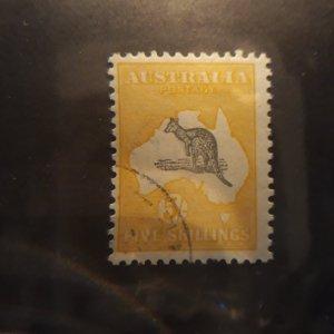 australia 54-- 5 shilling yel/gray