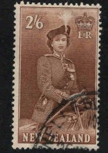 New Zealand Scott 299B Used QE2 on Horse stamp