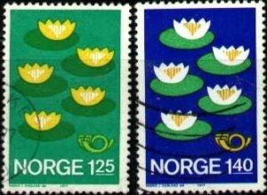 Five Water Lilies, Nordic Countries Coop., Norway stamp SC#688-689 used set
