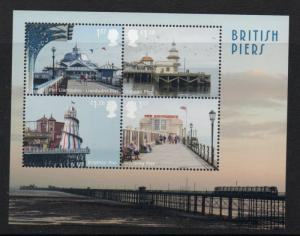 Great Britain Sc 3327 2014 British Piers stamp sheet mint NH