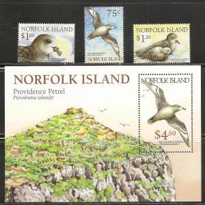 Norfolk Island 679-82 1999 Birds set and s.s. MNH