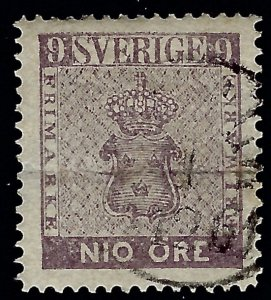 Sweden Attractive Sc#7 Used VF Cat $275.00...Sweden is Hot Now!