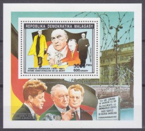 1992 Malagasy Republic 1395II/B199 Nobel Laureates / Konrad Adenauer 12,00 €
