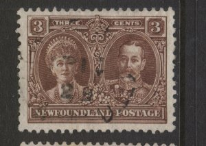 NEWFOUNDLAND 147i 1928 3c BROWN PICTORIAL ISSUE WITH REENTRIES VF USED