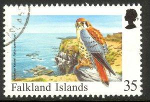 FALKLAND ISLANDS 1998 35p KESTREL Birds Issue Sc 704 VFU