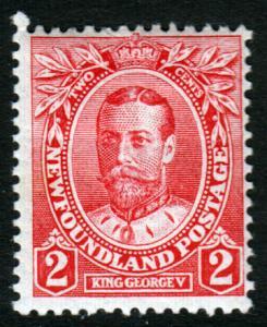 Newfoundland GV 1911 2c Carmine SG118 Mint Lightly Hinged MLH