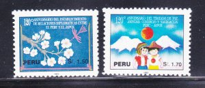 Peru 1050-1051 Set MH Various