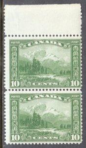 CANADA  — SCOTT 155 — 1928 10¢ MT. HURD — MNH — PAIR — SCV $85