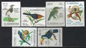 ARGENTINA B48-50 CB36, 38-39 MOG BIRDS S333