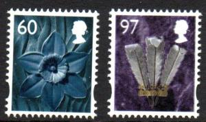 Great Britain Wales 36-7 2010  Daffodil & Feathers stamp set mint NH
