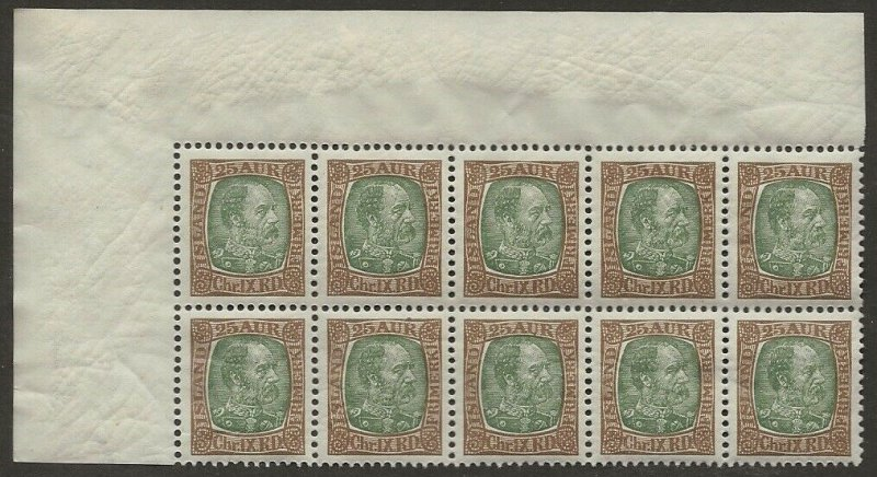 Iceland 1902-04 Christian IX 25a #41 Sheet Corner BLOCK of 10 VF-NH CV $50.00