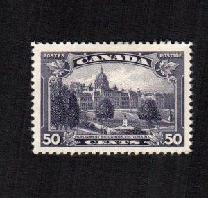 Canada 226  MH cat $ 28.00 222