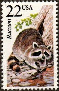 United States 2331 - Mint-NH - 22c Raccoon (Disturbed Gum) (1987) (cv $1.00)