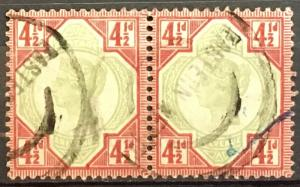 Great Britain 117 used pair QV 4 1/2p *735
